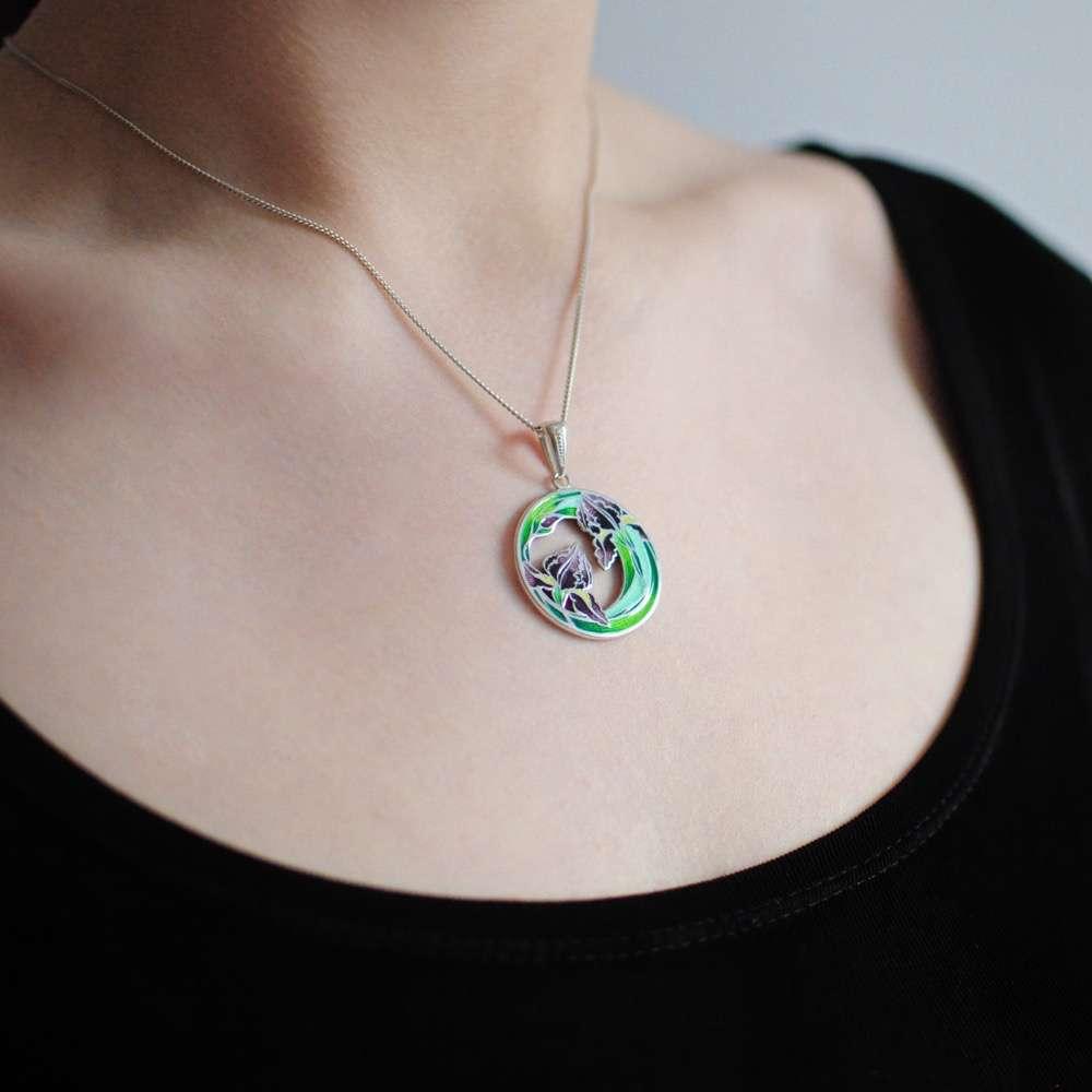 7 46 z - Подвеска из серебра «Ирисы», зеленая