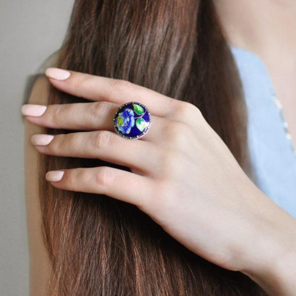 Serebro sinyaya 14 600x600 - Перстень «Роза», синяя