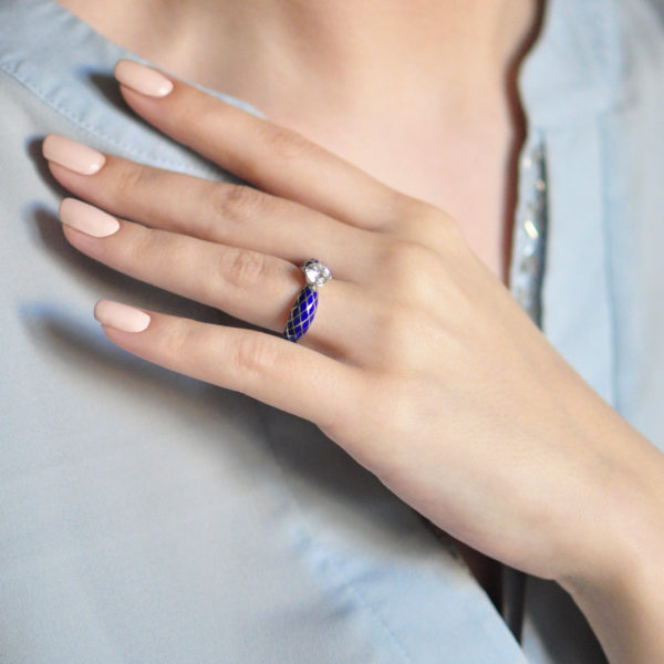 Serebro sinyaya 21 600x600 - Кольцо серебряное «Сердце», синее с фианитами