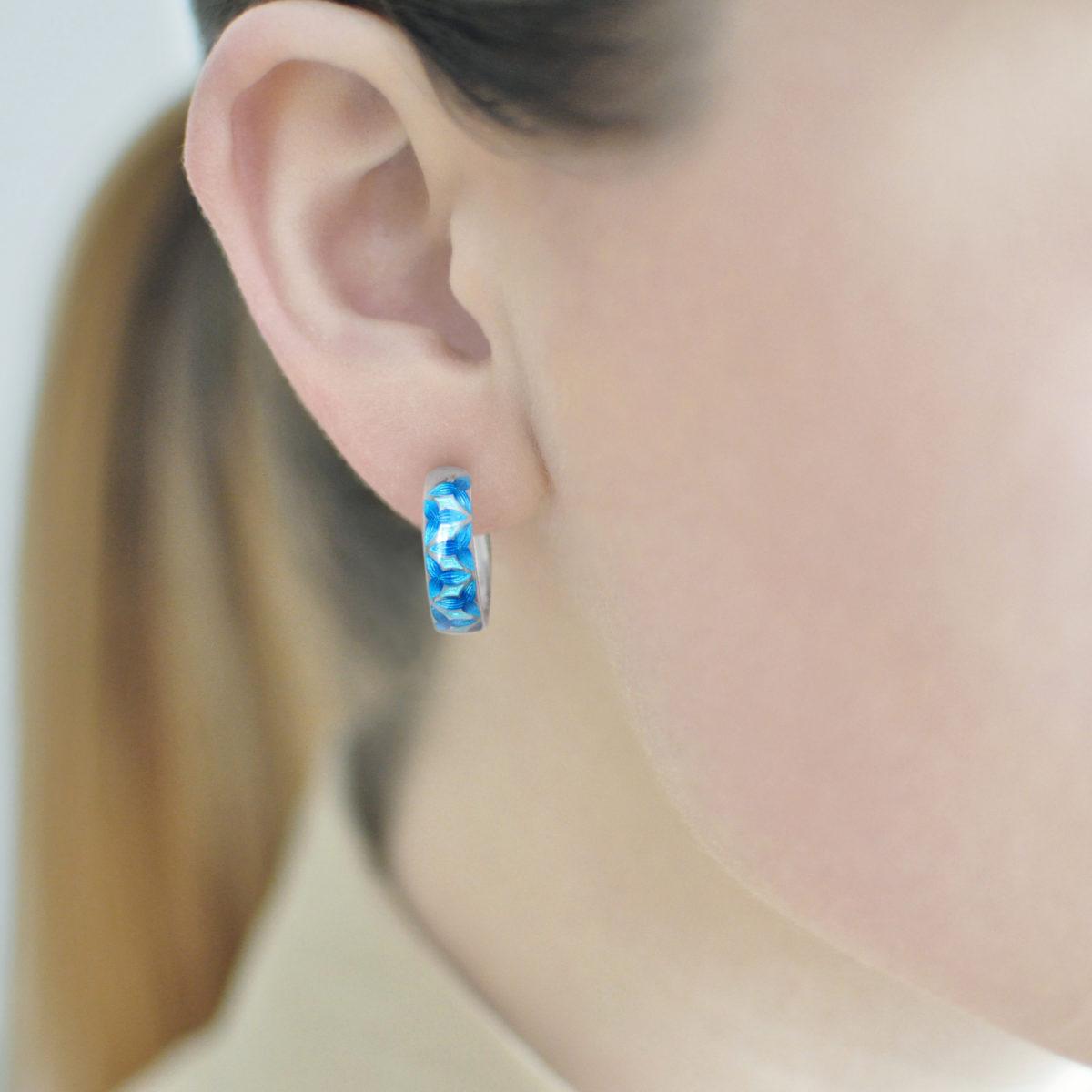 Serebro sinyaya 4 1200x1200 - Серьги «Трилистник», синяя