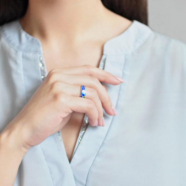 Zolochenie sinyaya 5 600x600 - Кольцо «Клематис» (золочение), сине-голубое