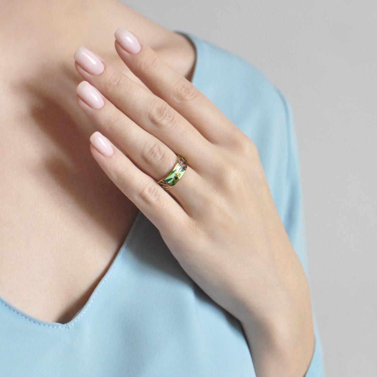 irisy 6.46z zelenaya 1200x1200 - Кольцо «Ирисы» (золочение), зеленое