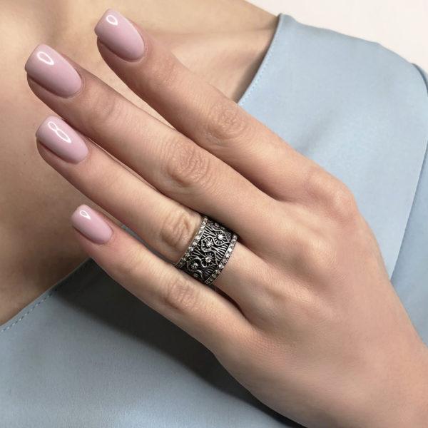 reshele kv 600x600 - Кольцо из серебра «Ришелье»