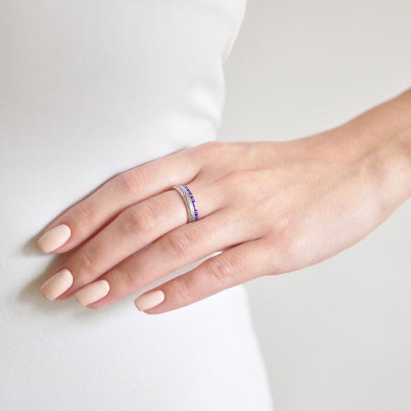 Serebro 153 158 600x600 - Кольцо из серебра «Принцесса на горошине», синее