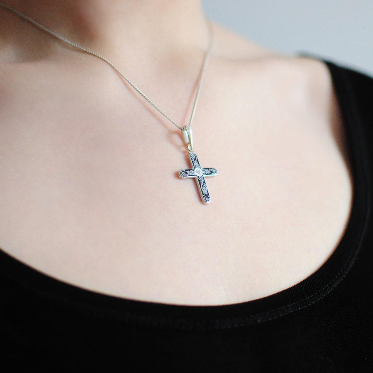 Serebro fioletovaya 1200x1200 - Нательный крест «Спас на крови», фиолетовый