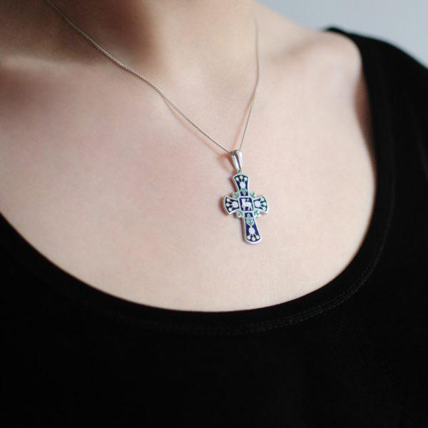 Serebro sinyaya 1 600x600 - Нательный крест, синий