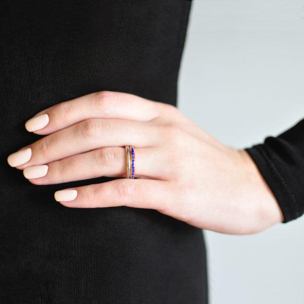 Zolochenie 153 158 600x600 - Кольцо из серебра «Принцесса на горошине» (золочение), фиолетовое