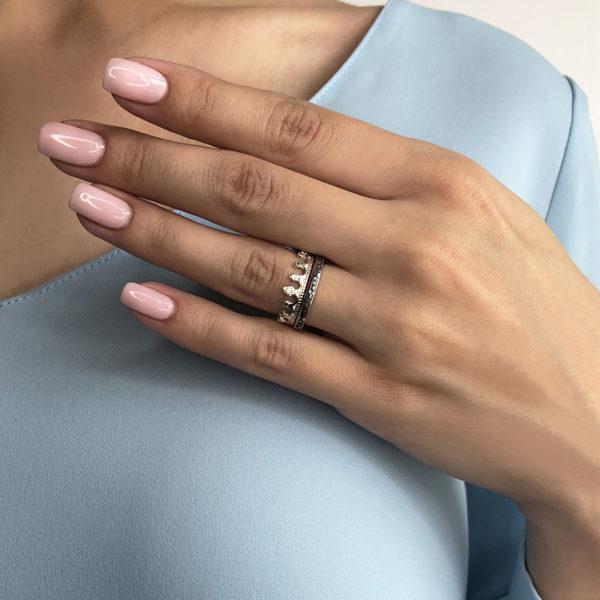 est na sajte1 600x600 - Кольцо из серебра «Принцесса на горошине», белое с фианитами