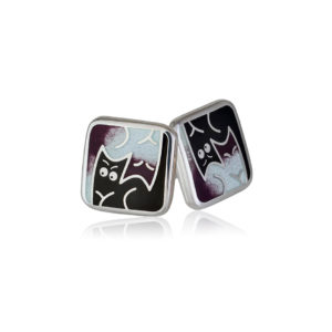 3 59 3s 1 300x300 - Пуссеты из серебра «Котики Инь-Ян», фиолетовые