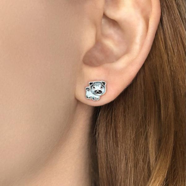 mops 600x600 - Пуссеты серебряные «Мопс», синие
