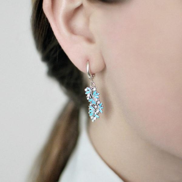 serebro golubaya 1 600x600 - Серьги-подвески серебряные «Росинка», голубые