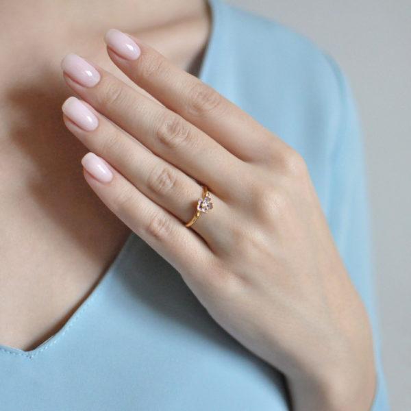 61.203z 600x600 - Кольцо серебряное «Сакура» (золочение), розовое