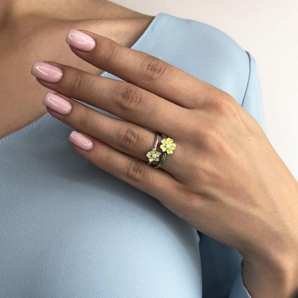 est na sajte 600x600 - Кольцо из серебра «Жасмин», салатовое