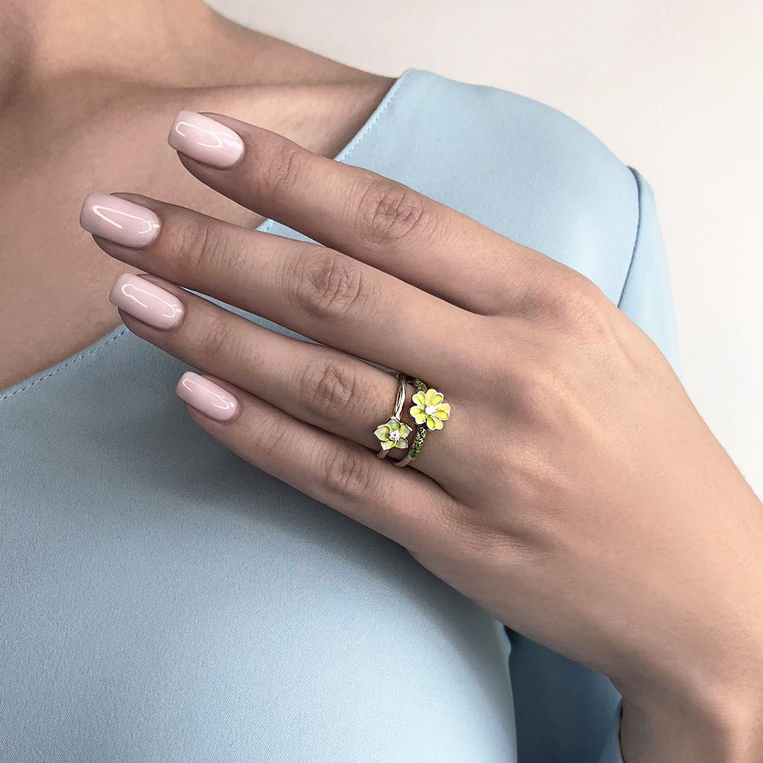 zhasmin malva 3 - Кольцо из серебра «Жасмин», салатовое