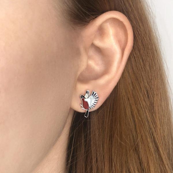 pussety snegiri 600x600 - Пуссеты из серебра «Снегири», красные