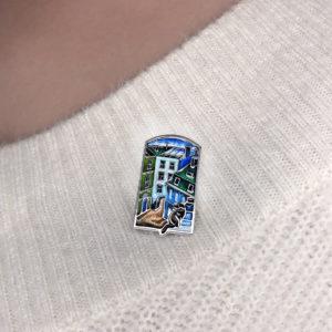 brosh «dvoriki» 1 kv 300x300 - Брошь-подвеска из серебра «Дворик», голубая