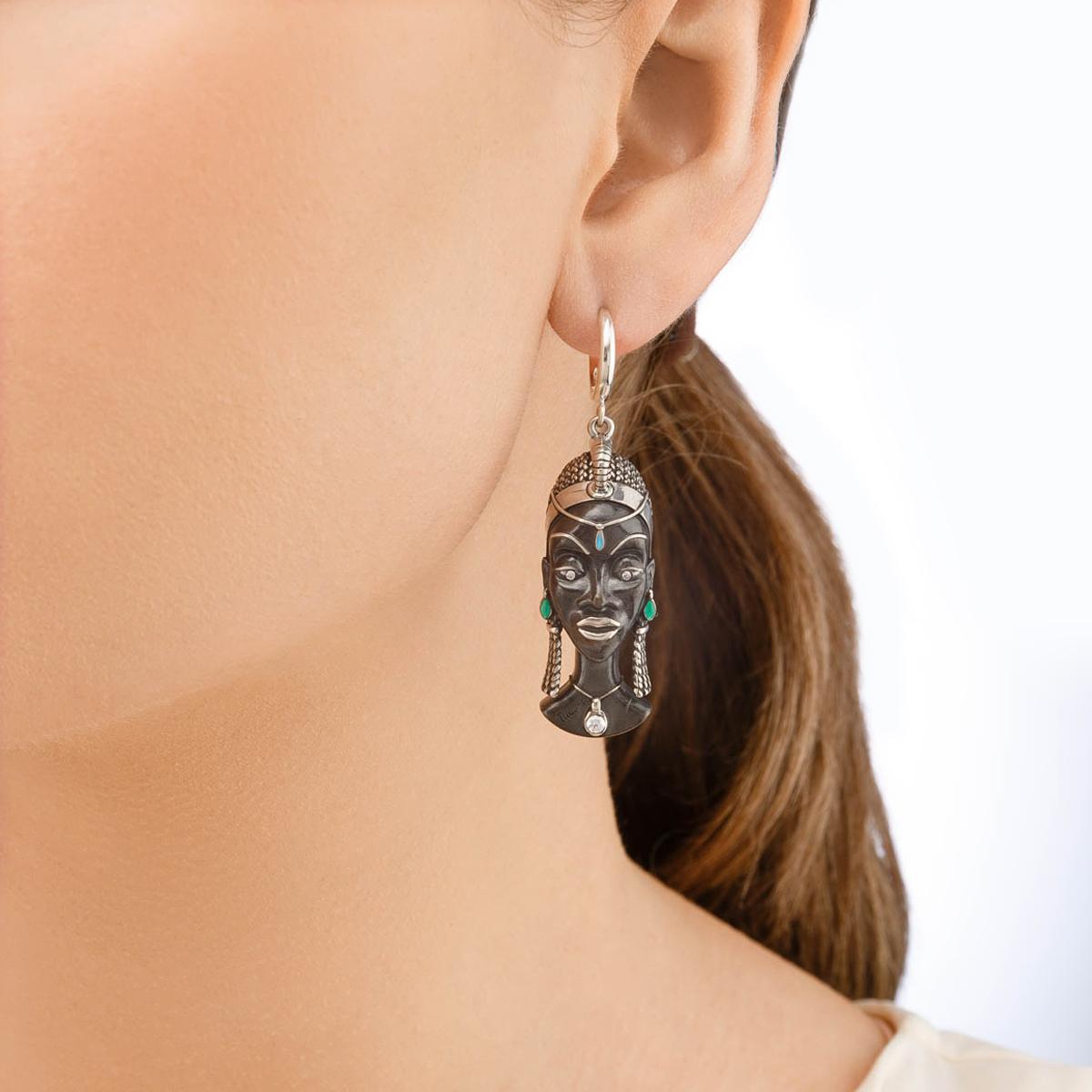sergi kuaja serebro - Серебряные серьги «Африканская маска Куайя»